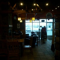 Foto tirada no(a) Caribou Coffee por Consuela B. em 12/1/2012