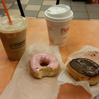 Photo taken at Dunkin Donuts by Laís on 1/5/2016