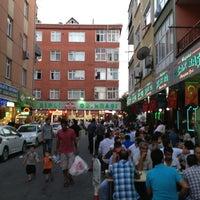 Photo taken at Bağdat Ocakbaşı Cezayir'in Yeri by Buğra K. on 7/20/2013