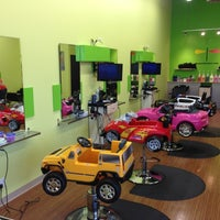Photo taken at Beaners Fun Cuts for Kids • Windermere by Michael W. on 10/10/2012