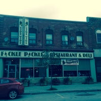 Photo taken at Fickle Pickle by Les S. on 7/20/2014