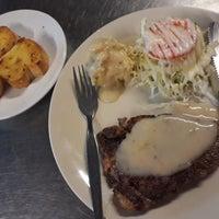 Photo taken at ตะบอ Steak Hut by siamkittie on 2/27/2018