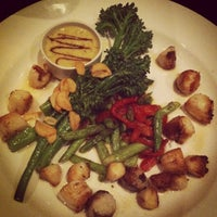 Photo taken at J. Gilbert's Wood-Fired Steaks & Seafood Glastonbury by Caitlin C. on 1/13/2013