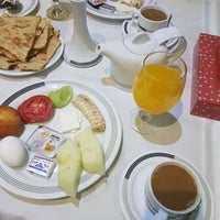 Photo taken at Karoon Hotel   هتل کارون by Hamid M. on 9/18/2017