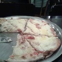 Photo taken at Pizzaria Monte Vero by Michelle G. on 10/19/2012