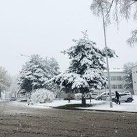 Photo taken at Atatürk Üniversitesi Mühendislik Fakültesi by Fatmanur K. on 11/1/2016