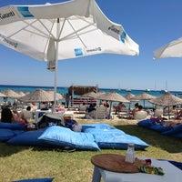 Photo taken at Fun Beach Club by Hüseyin Ş. on 6/23/2013