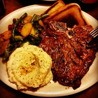 Photo taken at Tumbleweed Tex Mex Grill by Stephanie B. on 7/25/2015