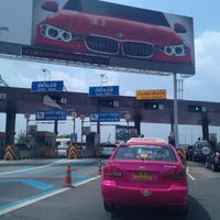 Photo taken at Prachachuen Toll Plaza - Outbound by Pop V. on 3/11/2013
