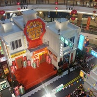 Photo taken at 1 Utama Shopping Centre (New Wing) by S T L. on 1/28/2013