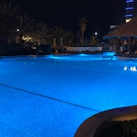 Photo taken at Sheraton Abu Dhabi Hotel & Resort by LHuiDJi K. on 3/15/2017