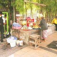 Photo taken at Warung Emak (Delta Plaza) by Halil M. on 6/26/2013