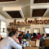 Foto tomada en El 9 Restaurante Lounge Yucateco por Rick T. el 2/24/2017