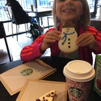 Photo taken at Starbucks by Cynthia S. on 12/4/2016