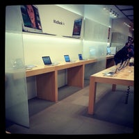 Photo taken at Apple Bluewater by Adam T. on 2/12/2013