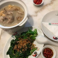 Photo taken at Pao Xiang Bak Kut Teh (宝香绑线肉骨茶) by San D. on 1/22/2017