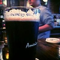Photo prise au Arts and Crafts Beer Parlor par Robert S. le7/24/2014