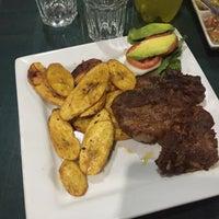 Foto tomada en Restaurante La Collpa por Josué P. el 1/13/2016