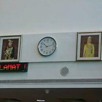 Photo taken at High Commission of Malaysia by Ridzuwati I. on 1/19/2017