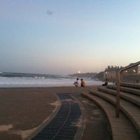 Foto tomada en Coogee Beach por Pinky B. el 1/29/2013