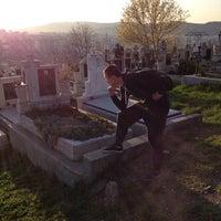 Photo taken at Cimitirul Mănăştur by Berthold O. on 3/21/2014