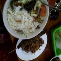 Photo taken at Soto Babat Bu Mulyono by Wildan &. on 11/25/2012