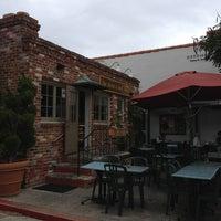 รูปภาพถ่ายที่ Brick & Bell Cafe - La Jolla โดย Bill L. เมื่อ 2/19/2013