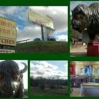 Photo taken at Loretta Lynn's Kitchen and Gift Shop by David A. H. on 12/17/2012