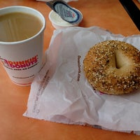Photo taken at Dunkin Donuts by Serjones on 3/10/2013
