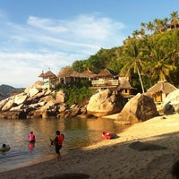 Photo taken at Charmchuree Villa @KOH TAO by Jinnarat S. on 5/1/2014