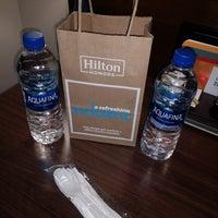 Das Foto wurde bei Hilton Garden Inn Washington DC/Georgetown Area von Diamond . am 4/2/2018 aufgenommen