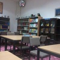 Photo taken at Masjid Sultan Salahuddin Abdul Aziz Shah by Judy Jannah A. on 3/26/2013