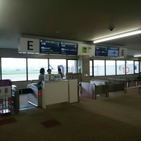 Photo taken at Gate E by ディズニー&スイーツ好き on 6/22/2016