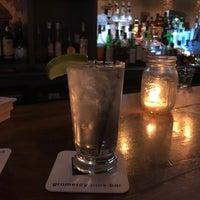 Photo prise au Gramercy Park Bar par Denise I. le2/22/2018