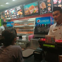 Photo taken at KFC by SYLEN8 S. on 6/2/2017