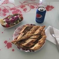 Photo taken at Deniz pide ve pizza salonu by Bulut M. on 5/4/2018