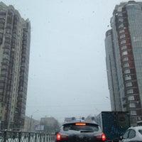 Photo taken at Остановка «Ленинский проспект / Варшавская улица» by Andrey A. on 11/8/2016