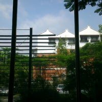 Photo taken at 中央研究院歷史語言研究所歷史文物陳列館 Museum of Institute of History and Philology by Willie C. on 6/26/2013