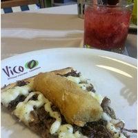 Photo taken at Vico Pizzaria by Eliane F. on 11/17/2012