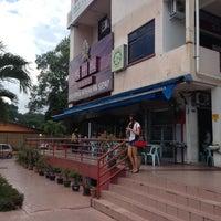 Photo taken at Restoran Masakan Sedap by Shida S. on 12/1/2012