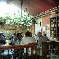 Photo taken at Oliva Restaurante by Flavia V. on 11/29/2012