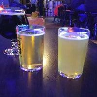 รูปภาพถ่ายที่ Highland Park Brewery โดย Chris G. เมื่อ 3/4/2018