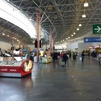 Foto tirada no(a) Terminal Multimodal Ramos de Azevedo por Richard M. em 8/18/2013