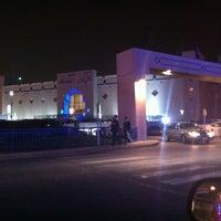 รูปภาพถ่ายที่ Al Rashid Mall โดย Emad A. เมื่อ 12/26/2012