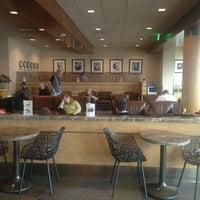 2/8/2013에 JcB님이 Alaska Lounge에서 찍은 사진
