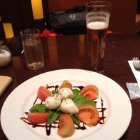 Photo taken at IL-PINOLO CAFFE by Kyoko O. on 8/24/2014