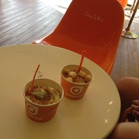 Photo taken at Orange Leaf Frozen Yogurt by Guzman on 4/22/2014