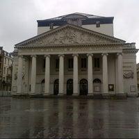 11/5/2012 tarihinde Konstantinos M.ziyaretçi tarafından Muntplein / Place de la Monnaie'de çekilen fotoğraf