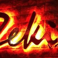 9/29/2012 tarihinde Onur S.ziyaretçi tarafından Zeki Bar'de çekilen fotoğraf