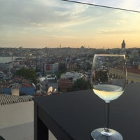 Photo taken at Witt Istanbul Suites by Aytac B. on 4/23/2016